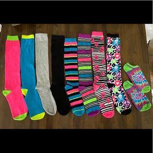 1 pair ankle socks PLUS 6 mix 'n match long socks